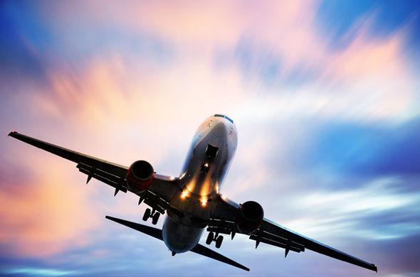 10 tips menyelamatkan diri jika kapal terbang anda naiki terhempas 651