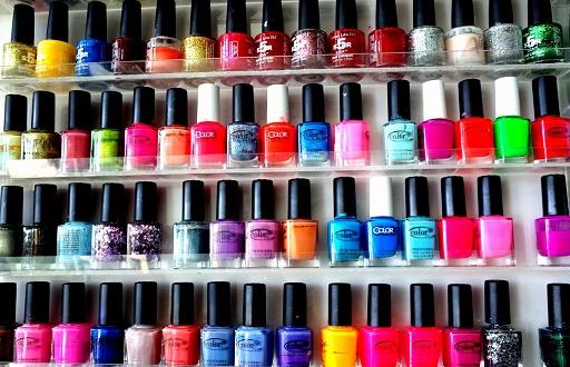 15425213914 6de81fe893 b nail polish