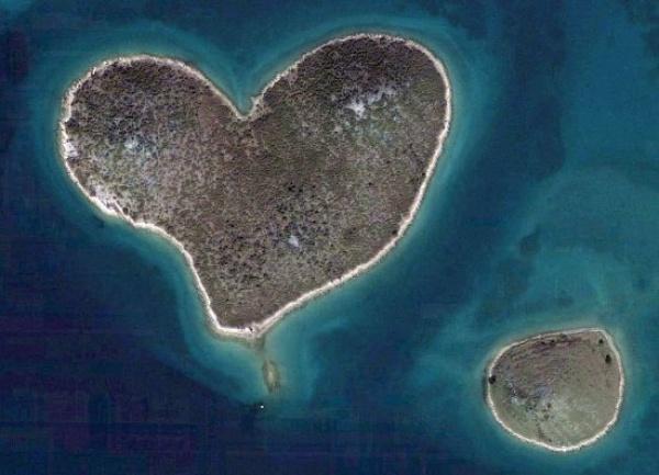 5 pulau paling misteri di dunia