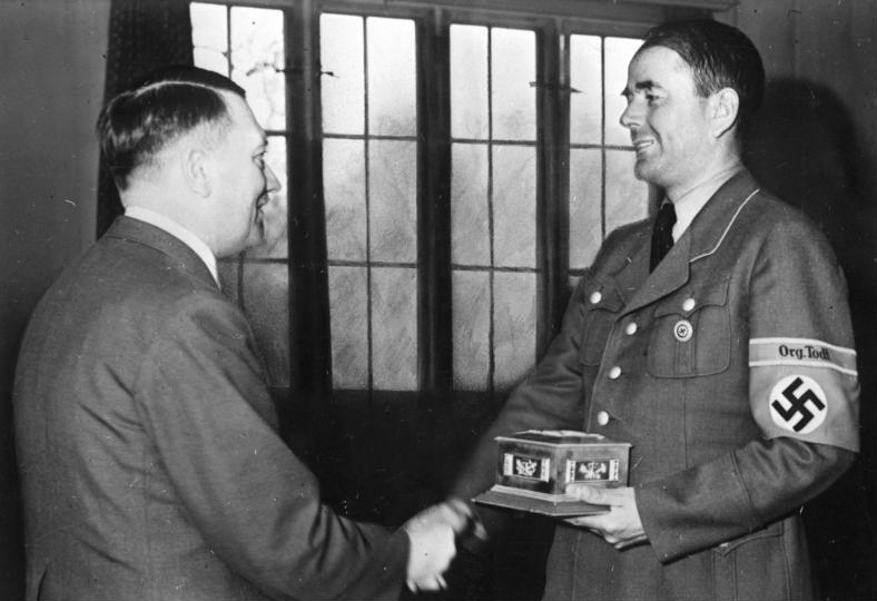 adolf hitler dan albert speer