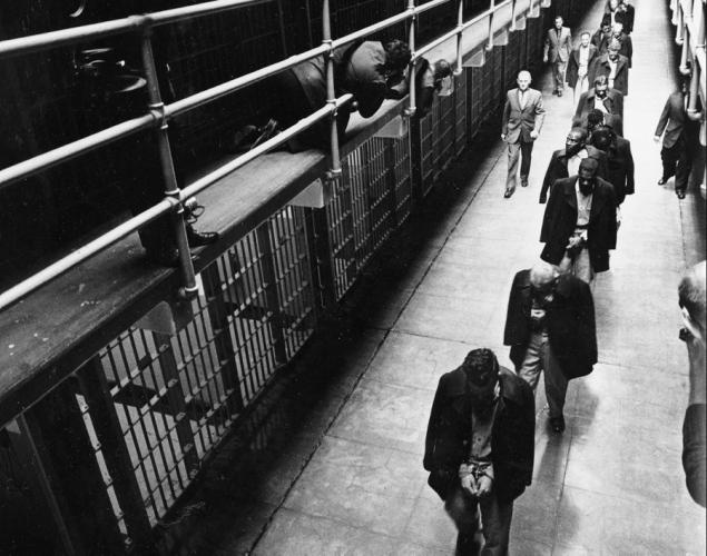alcatraz ditutup sebagai pusat tahanan pada tahun 1963