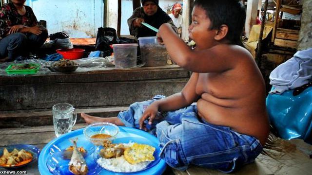 aldi rizal mengalami masalah obesiti makan tanpa henti selepas berhenti merokok