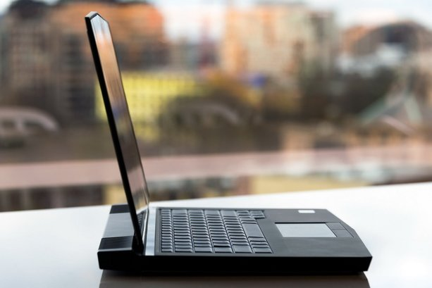 alienware 13 r3 laptop gaming paling power 1