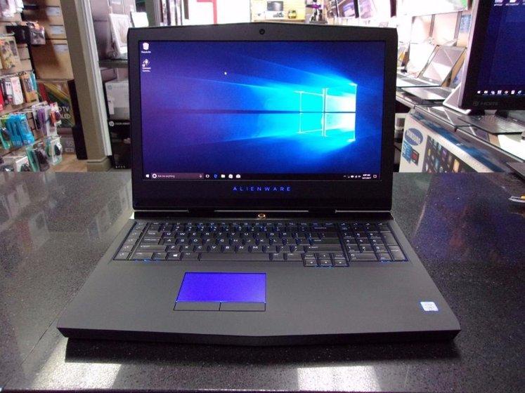 alienware 17 r4 laptop gaming paling power 1