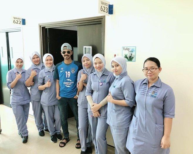 along cham terlantar di hospital 2