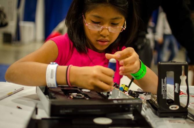 anak repair elektronik tahap expert