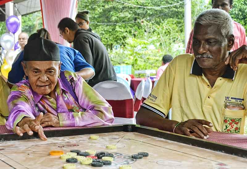 anggaran penduduk warganegara malaysia 970
