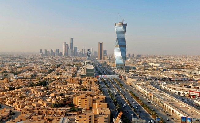 arab saudi negara dengan hutang paling sikit di dunia