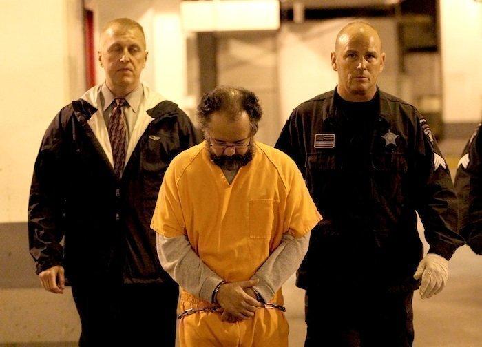ariel castro ditahan di sebuah restoran mcdonald di cleveland