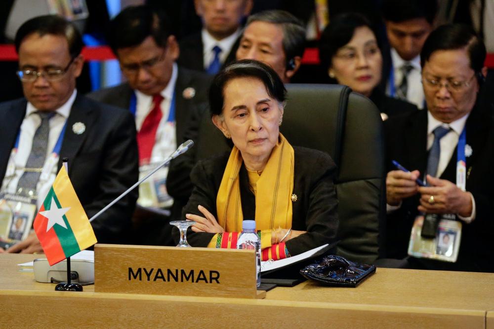 asean aung san suu kyi myanmar dikritik