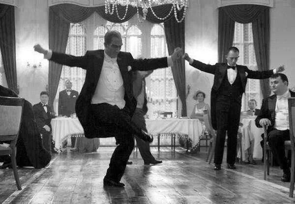 ataturk menari