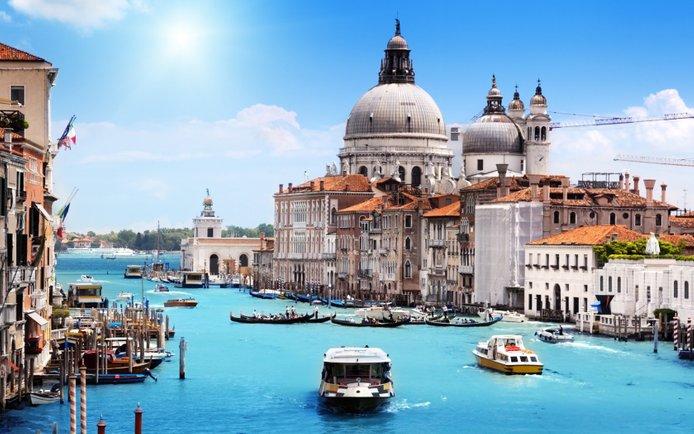 bandar venice itali