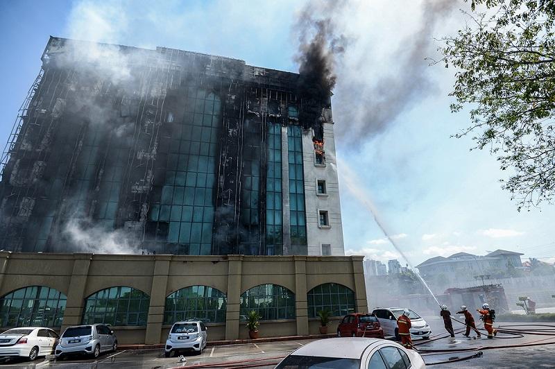 bangunan kwsp di jalan gasing terbakar