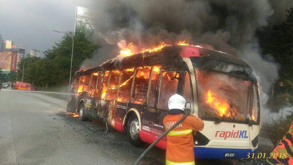 bas rapid kl laluan 772 pasar seni mah sing terbakar