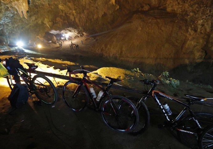 basikal mangsa terperangkap di dalam gua 7