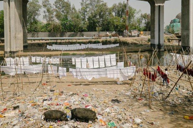 basuh baju air tercemar 584