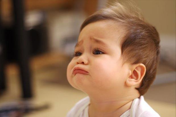 bayi menangis sebab tak selesa akibat gigi nak tumbuh