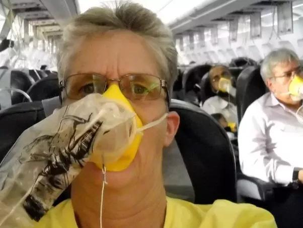 bekalan oksigen dalam pesawat 10 rahsia menarik mengenai kapal terbang yang ramai tak tahu