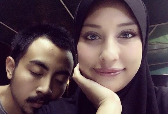 berperang di instagram bekas suami dedah rahsia mengejutkan zarina anjoulie 1