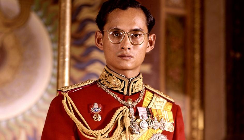 bhumibol adulyadej ahli politik dan pemimpin paling kaya di dunia 2