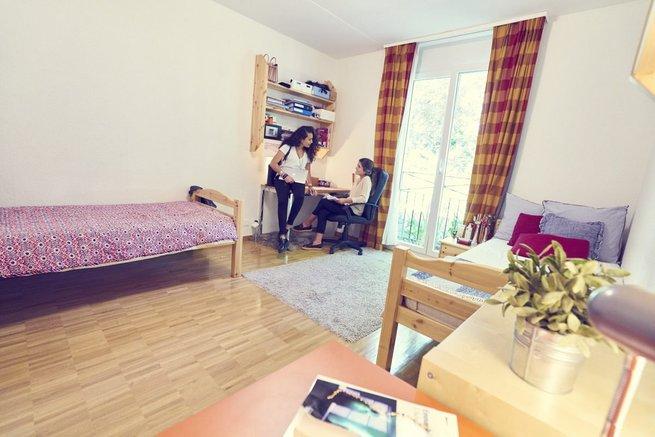 bilik asrama institut le rosey sekolah paling mahal