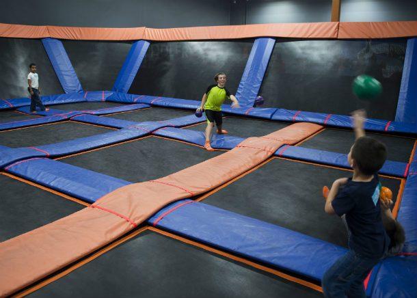 bilik trampolin