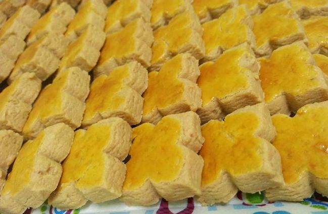buat biskut kacang englshgras Resepi Biskut Kacang Tanah Sukatan Cawan Enak dan Mudah