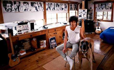 bob dylan di dalam studio beliau