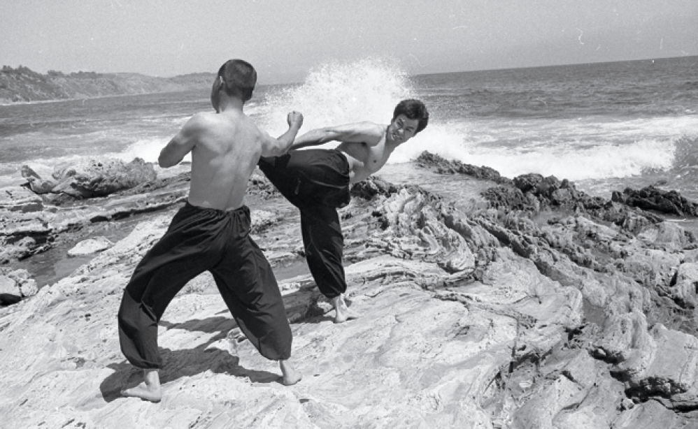 bruce lee pencipta jeet kune do