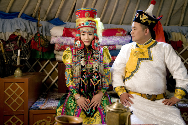 budaya persandingan masyarakat mongolia