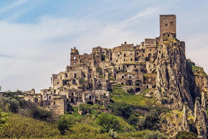 craco itali 10 tempat terbengkalai menakjubkan yang dijumpai dalam google earth 2