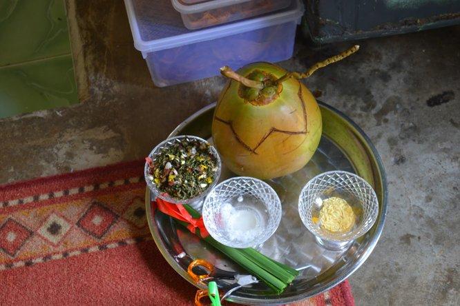 cukur jambul kelapa bunga rampai