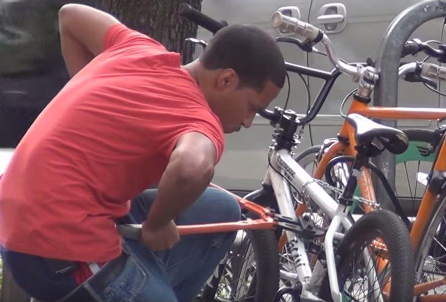 curi basikal 2