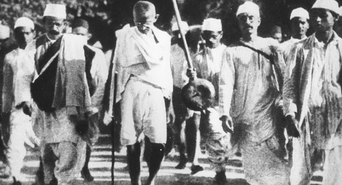 ghandi dandi salt march essay Ghandi influences essays:  home » essay » ghandi influences  essays, papers: in current category  dandi salt march mahatma (great soul).