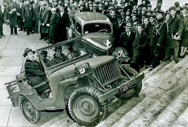 demonstrasi jeep