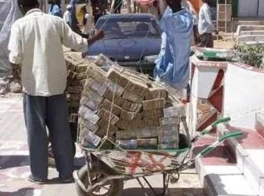 di zimbabwe tak pakai dompet pakai kereta sorong 219