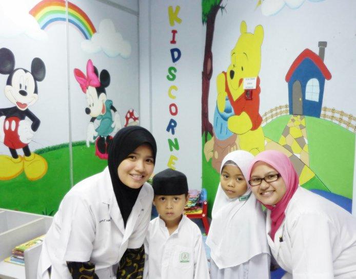 doktor pediatrik