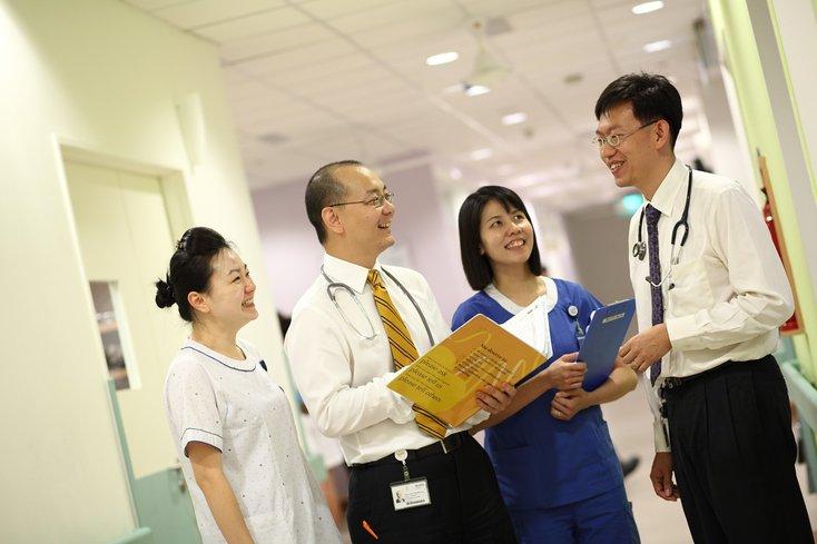 doktor singapura kos rawatan masuk hospital murah