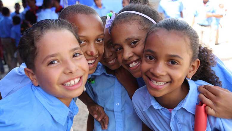 dominica 10 negara dengan penduduk paling rendah di dunia