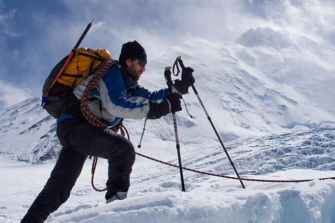 erik weihenmayer sanga meminati pendakian gunung