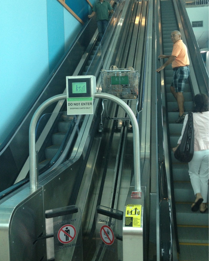 escalator untuk troli