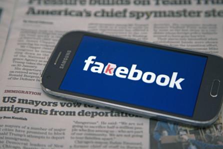 facebook penuh dengan fake news berita palsu jangan mudah terpedaya
