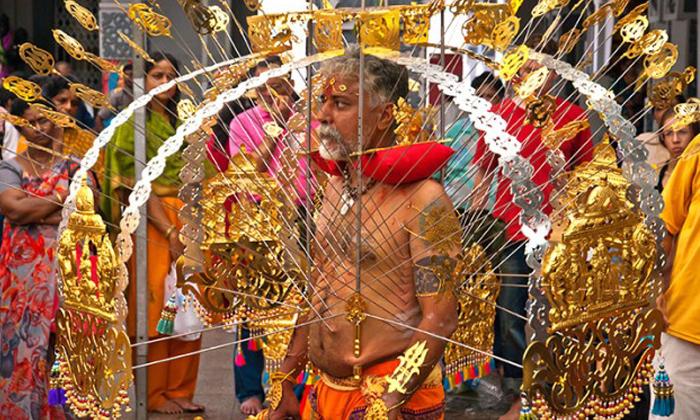 festival thaipusam di malaysia