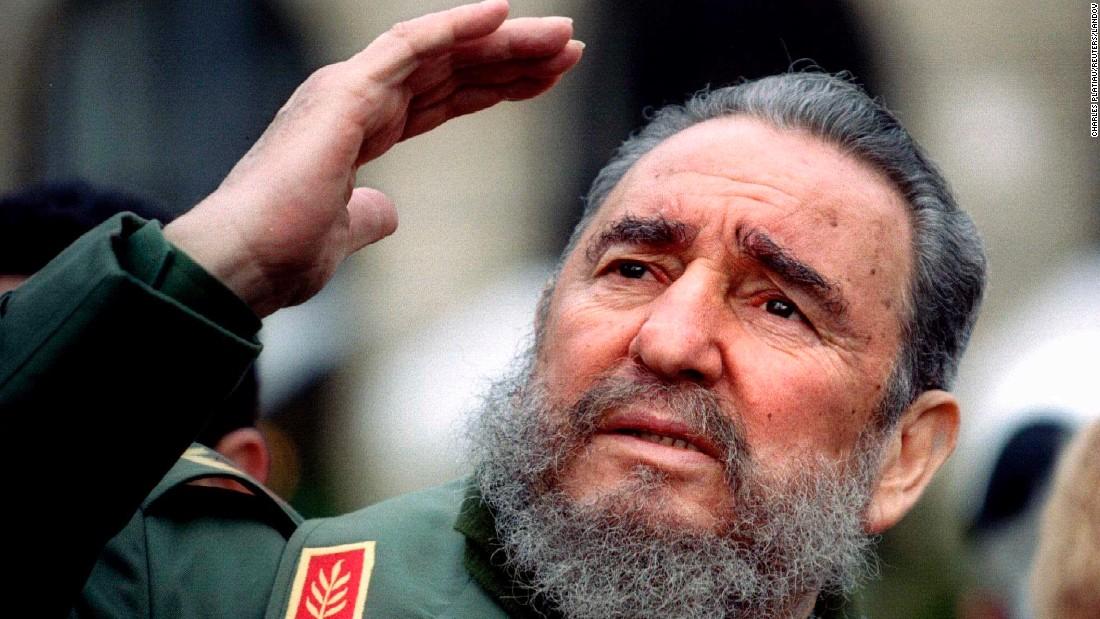 fidel castro pemimpin negara komunis