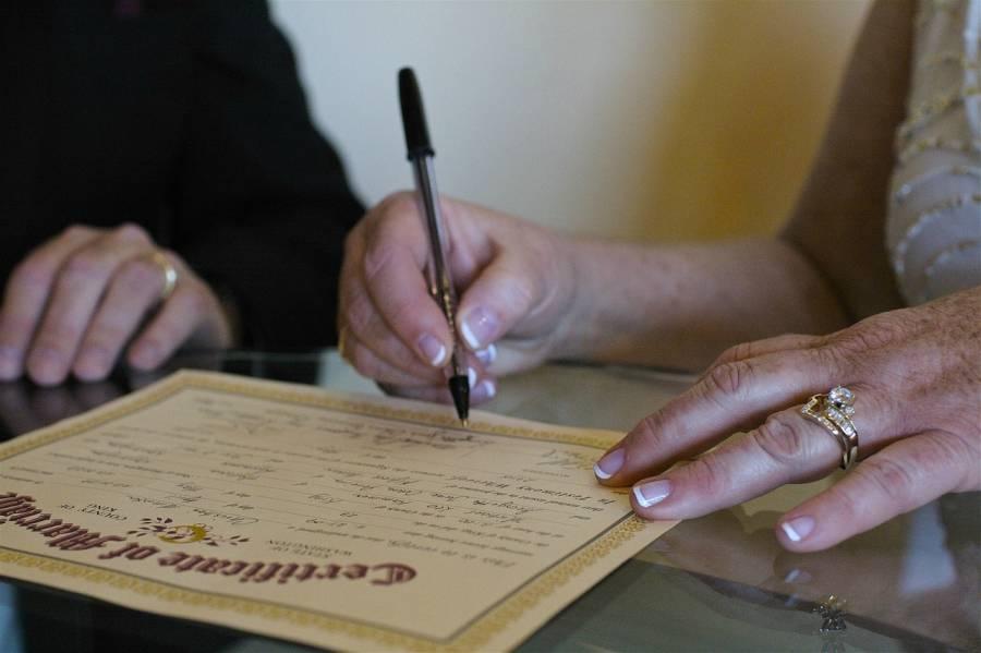 filipina mengharamkan perceraian