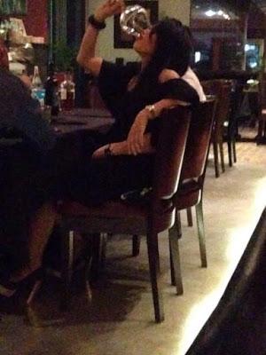 foto dyana sofya dan zairil minum arak berkelakuan tidak sopan tersebar 10r83