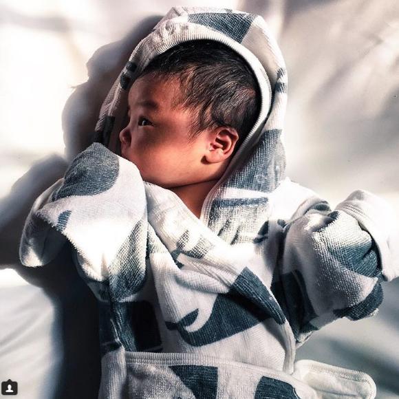foto foto comel anak kedua syarif sleeq netizen geram kecil kecil dah handsome 3 698
