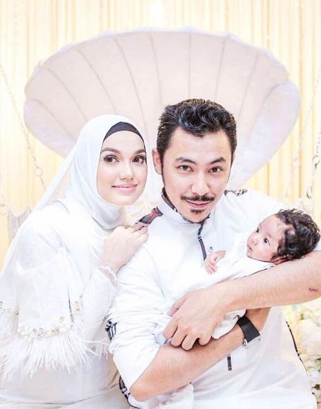 foto foto majlis aqiqah anak syamsul yusof dan puteri sarah liyana 2