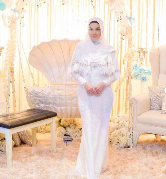 foto foto majlis aqiqah anak syamsul yusof dan puteri sarah liyana 5