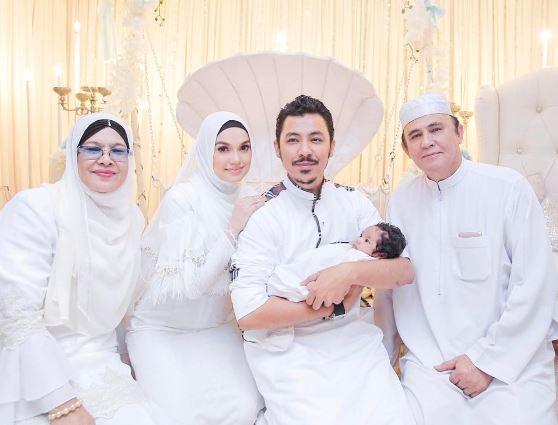 foto foto majlis aqiqah anak syamsul yusof dan puteri sarah liyana 6